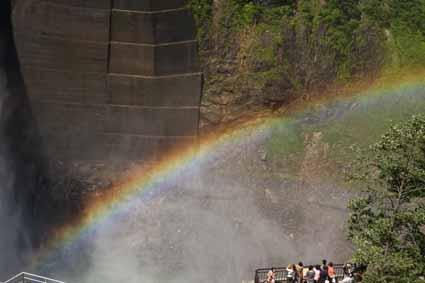 06ダムの虹.jpg