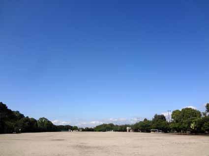 4.真っ青な空です.jpg