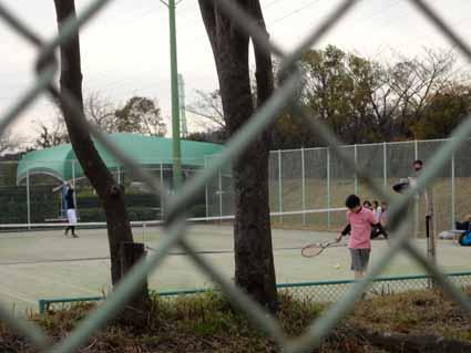 6.暇な大学生?テニスです.jpg