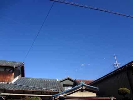 6.真っ青な空です.jpg