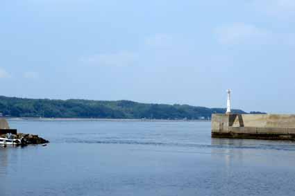 2、河和港.jpg